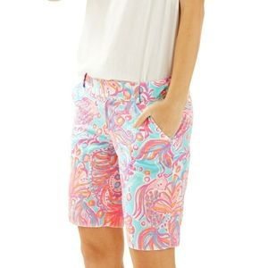 Lilly Pulitzer Chipper Shorts 16. New without tags